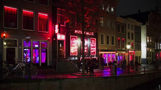 Ulica rdečih luči De Wallen