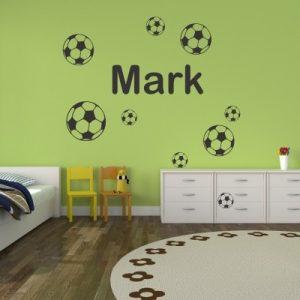 Otroška nalepka Ime z nogometnimi žogami